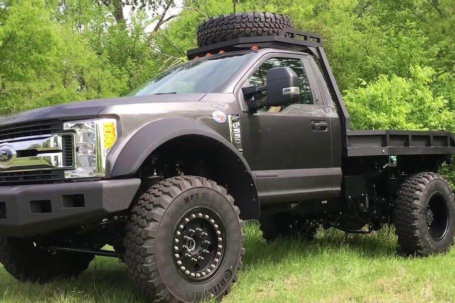 Ford F-550 3